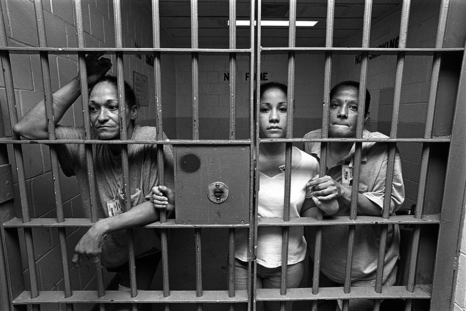 Women in jail looking for men