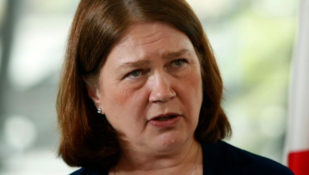 Jane Philpott says pharmaceutical heroin a potential lifesaver in opioid epidemic